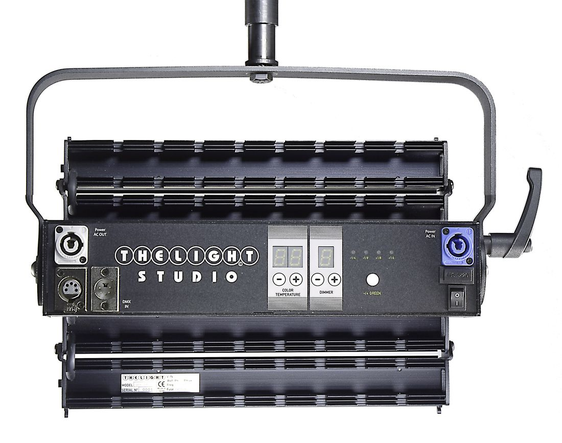 5LIGHT-STUDIO rear