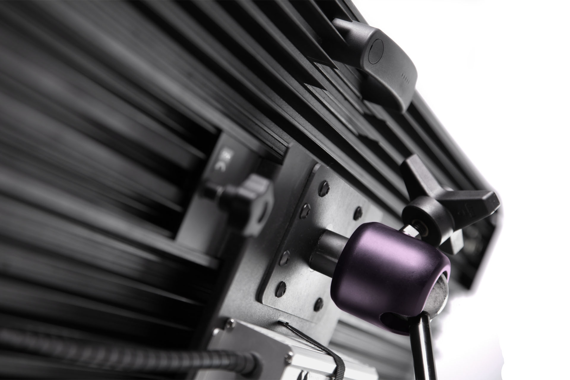 VELVET LIGHT 4, the most efficient and powerful 4x1 LED ...